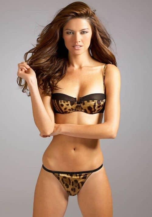 Aline Nakashima Brazilian model in leopard print bikini