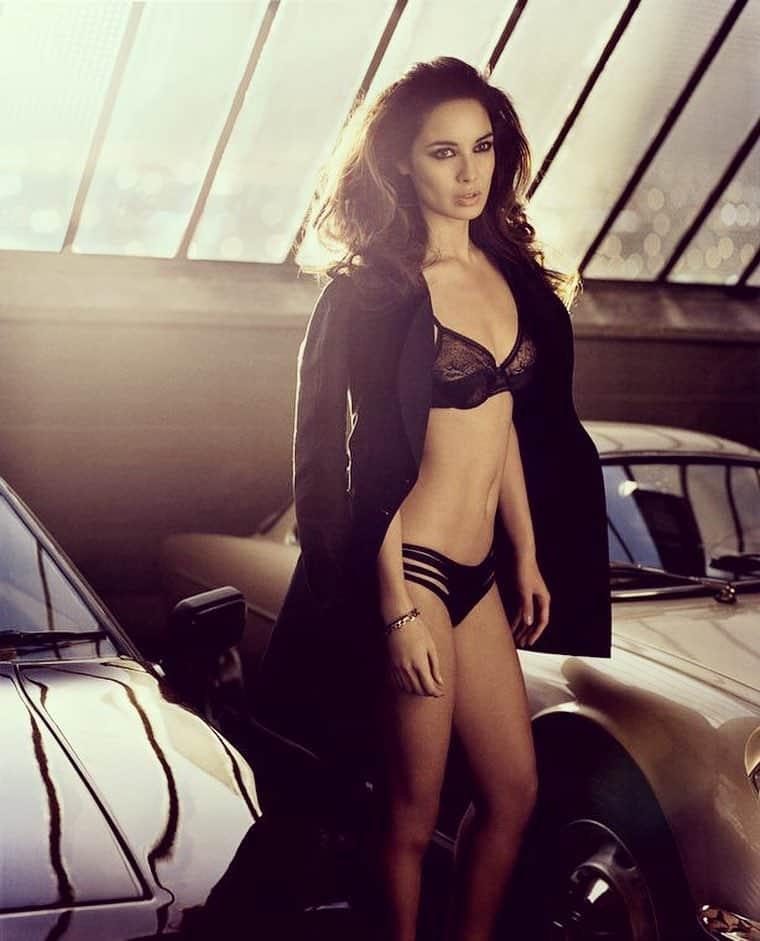 Bérénice Marlohe bikini lingerie and cars pictorial