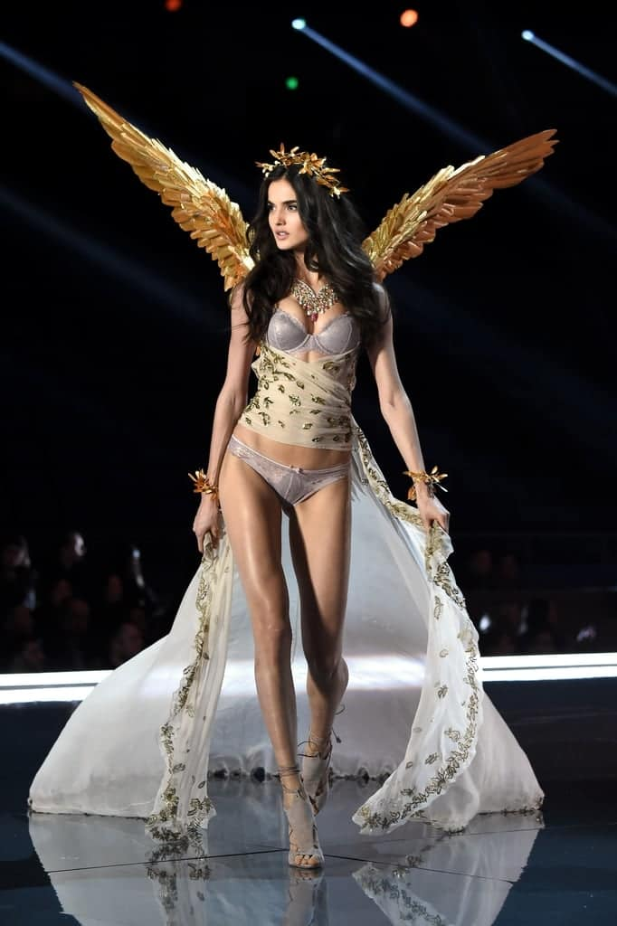 Blanca Padilla Victoria's Secret Fashion Show