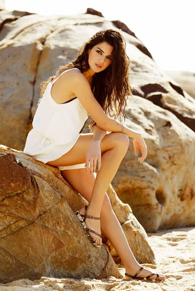 Clara Lago pictorial on the rocks