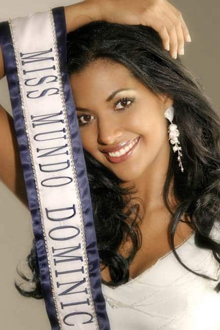 Claudia Cruz Miss World Dominican