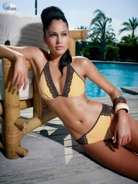 Patricia Rodriguez pictorial at the pool