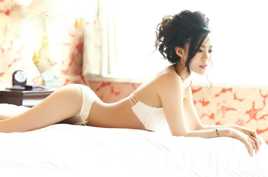 Sheng Xin Ran hot Asian girl from China