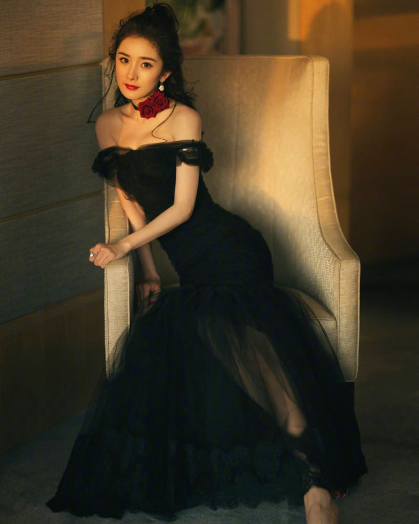 Yang Mi looking good in a black gown