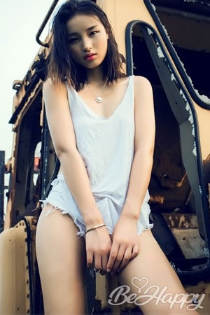 gorgeous Chinese girl for marriage