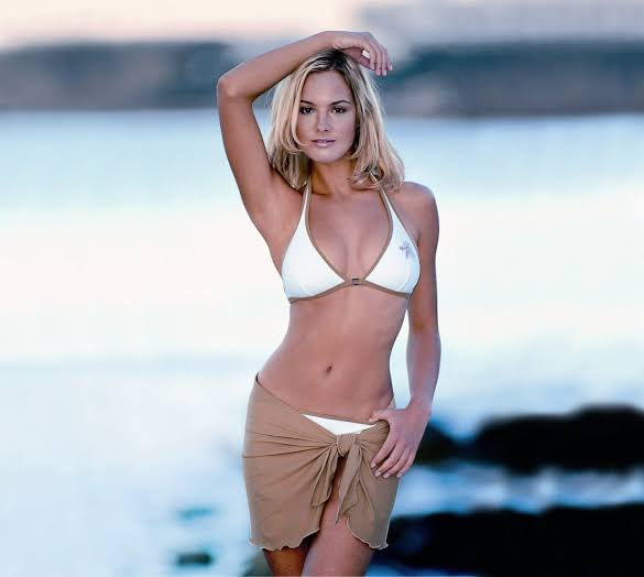 Jennifer Şebnem Schaefer swimsuit bikini photo