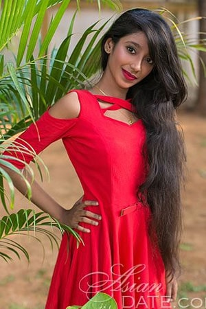 Girl looking for marriage in india