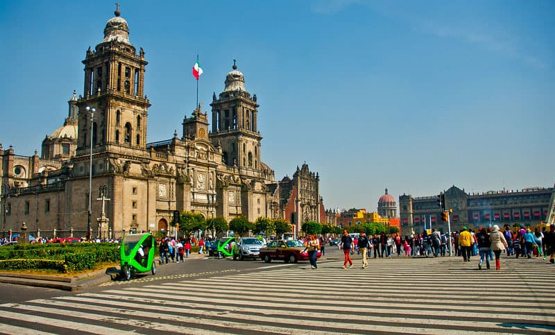 busy street of Mexico City