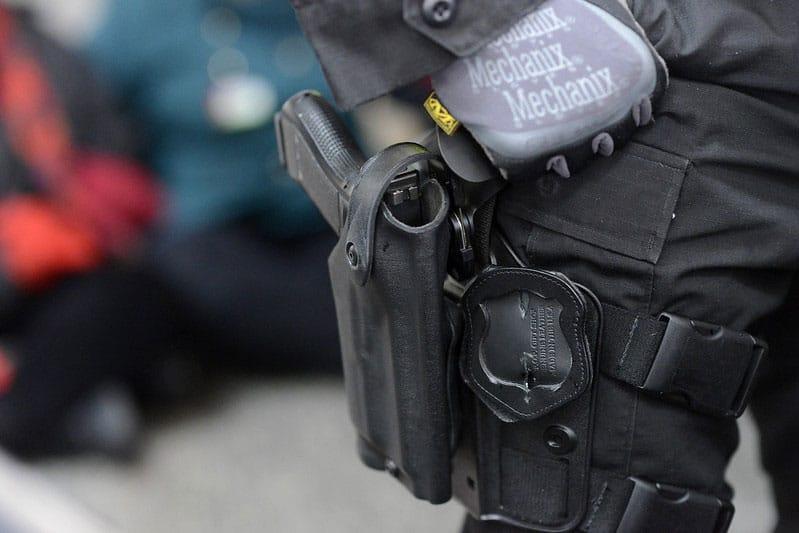policeman gun